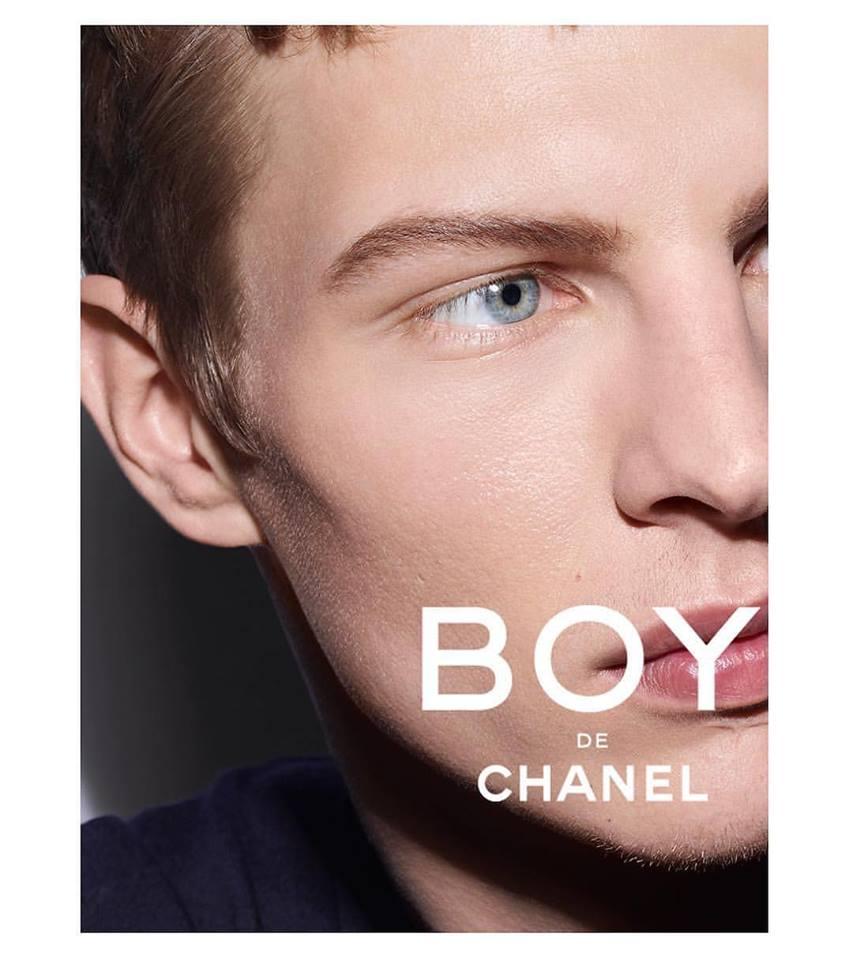 Stylo Sourcils Waterproof Defining Longwear Eyebrow Pencil by Chanel #8