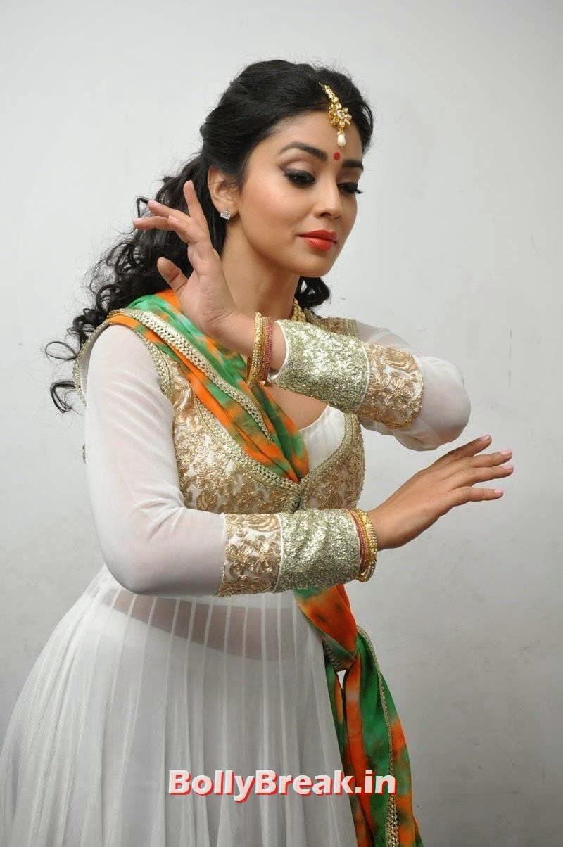 Telugu Actress Shriya Saran, Shriya Saran Latest Hot HD Pics in White Anarkali Dress