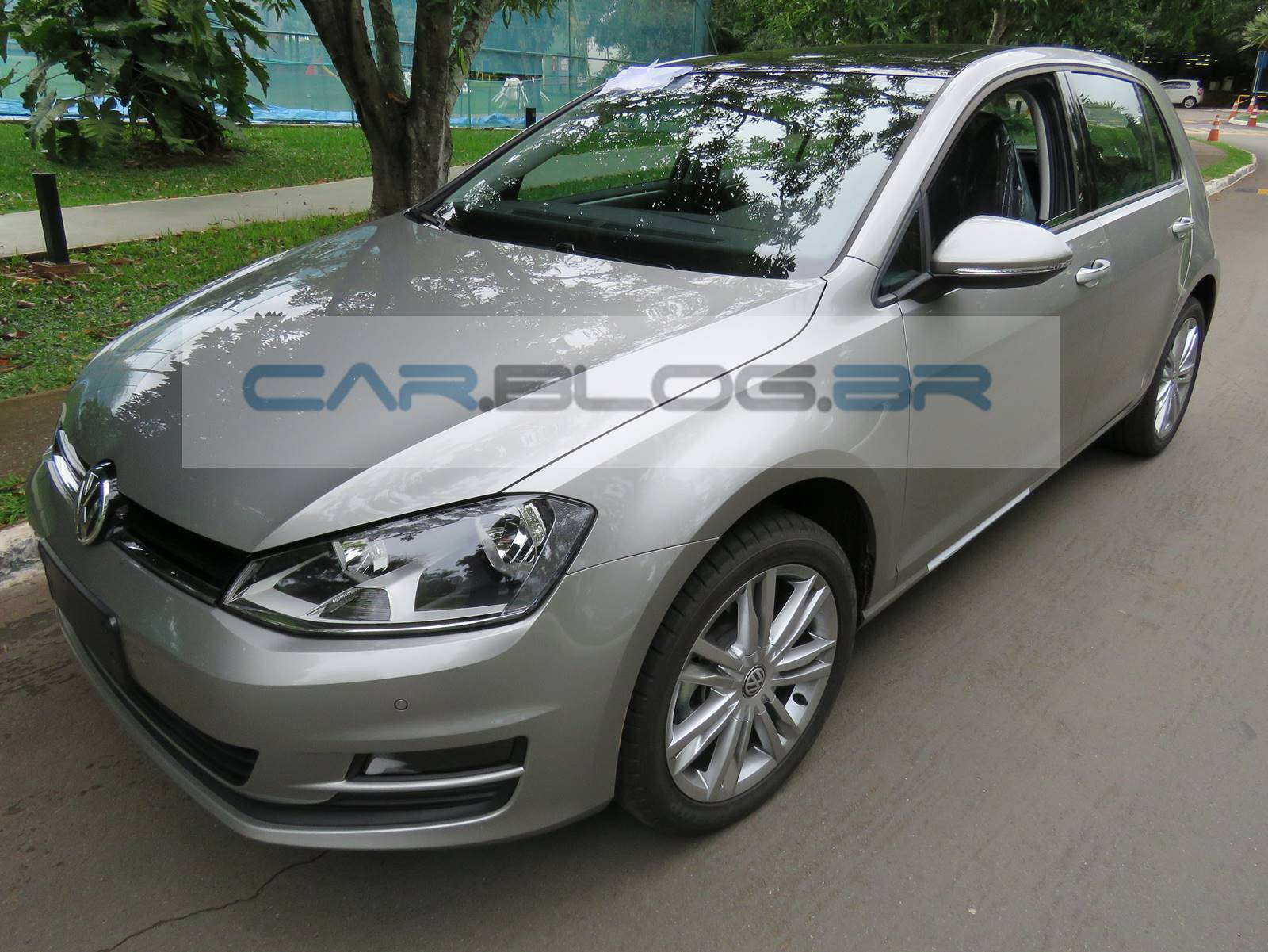 VW Golf 1.6 Flex nacional