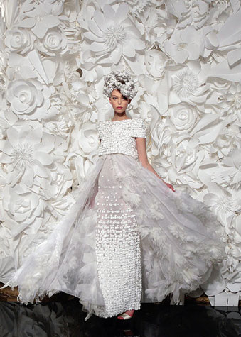 Paper fashion dresses | Futuristic style - Karl Lagerfeld