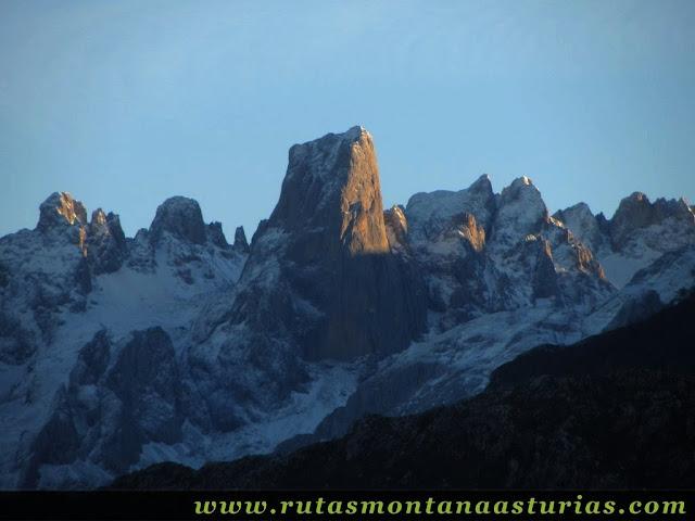 Vista de los Picu Urriellu
