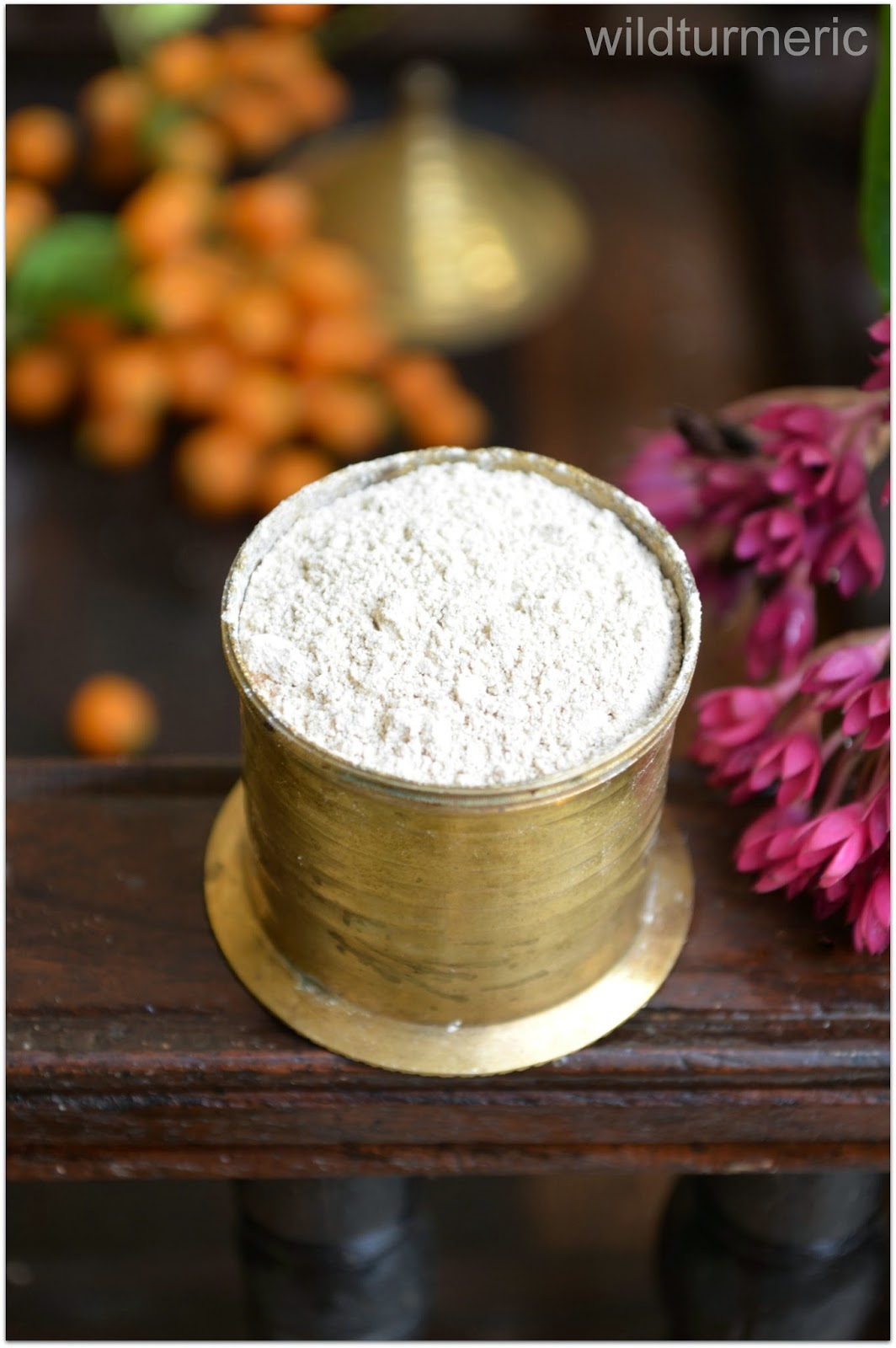 5 Top Uses, Benefits of Kaolin | China Clay For Skin, Health & Hair