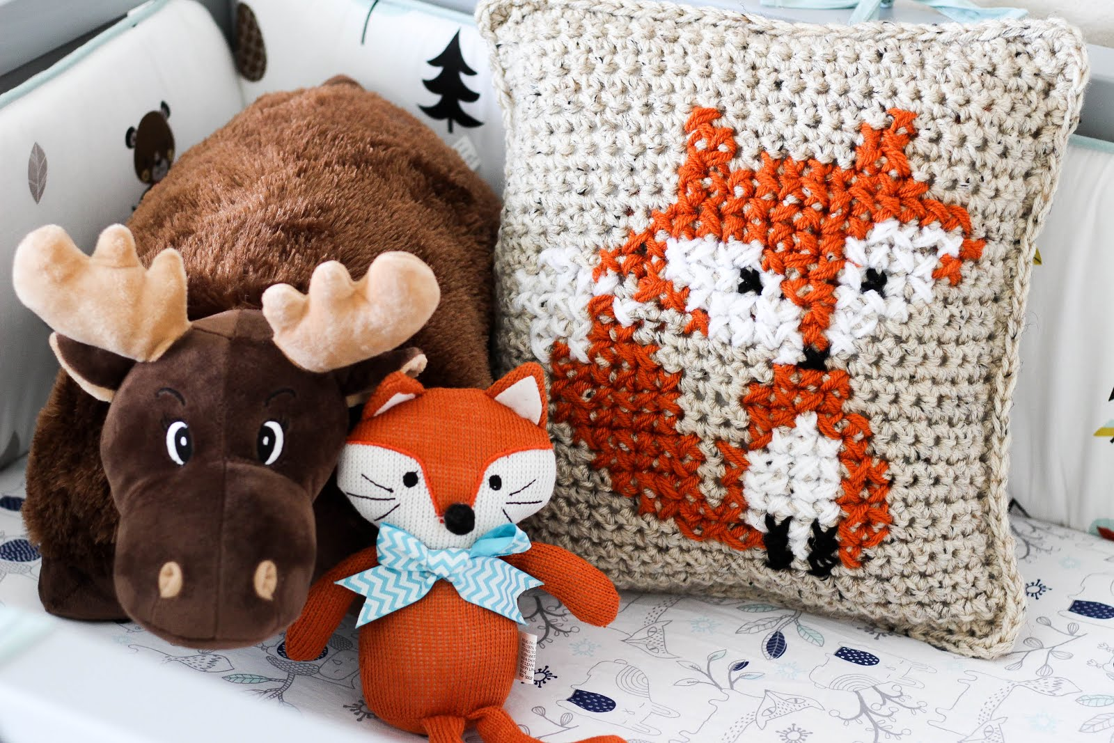 cushion lambswool product scotland pillow by in camel fox donna knitted wilson
