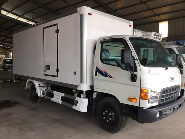 Xe Hyundai HD120s đô thành thùng bảo ôn