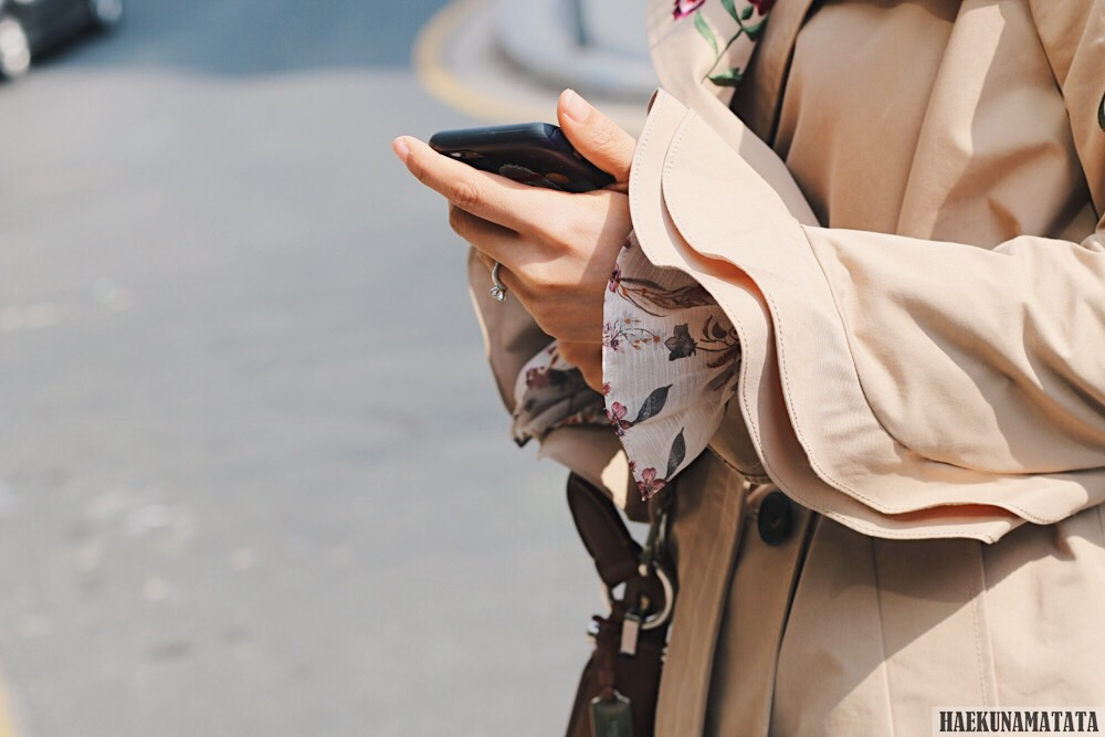 Zara Ruffle Sleeves Embroidered Trench Coat, Topshop Mom Jeans, Coach Nomad Hobo Bag OOTD