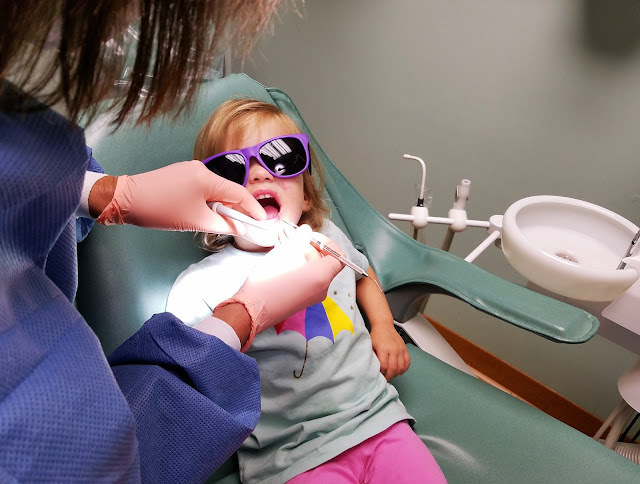 When to take kids to the dentist