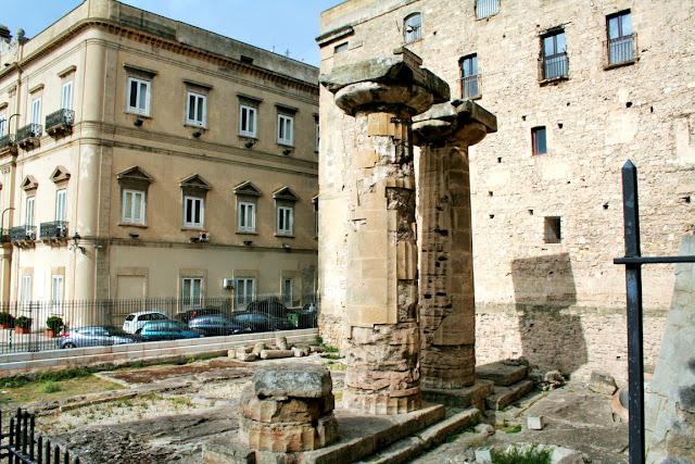 tempio dorico, taranto, resti, monumento