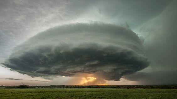 UFOのような雲?空と雲の驚異的な光景。5選【Nature】