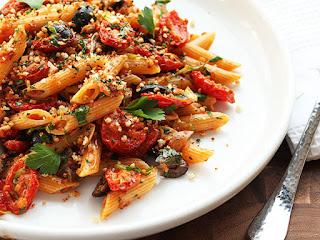 Homemade Pasta in Quick Tomato Sauce