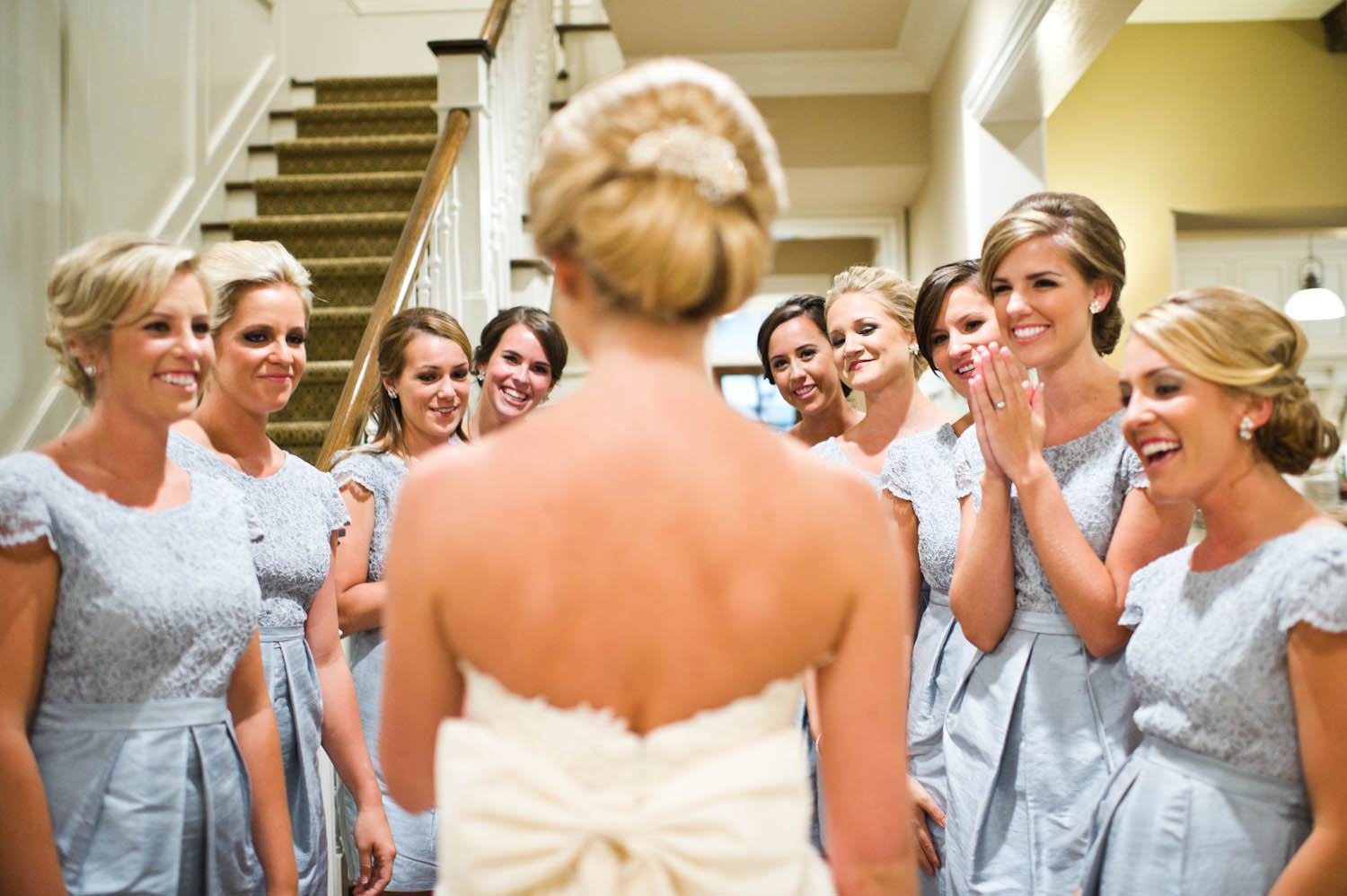 That Shot First Look With Your Bridesmaids Knotsvilla Wedding