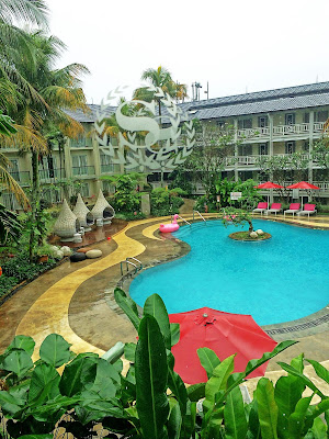 foto  Kolam renang Hotel Sheraton Bandung