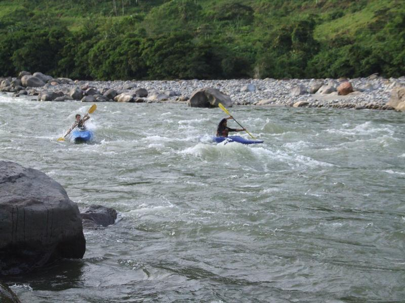 Kayak en el Río Aguarico