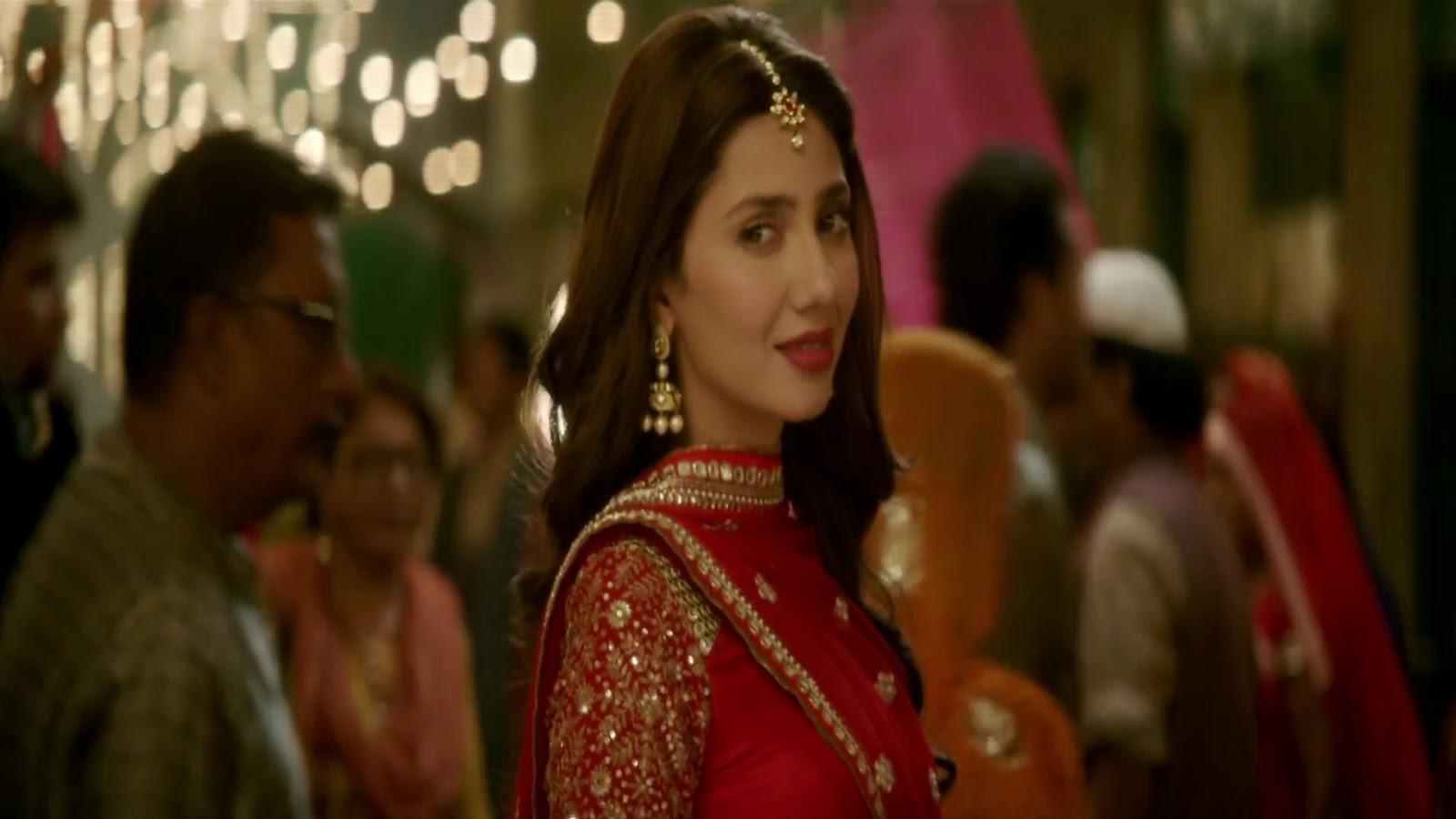 Top Wallpaper Movie Kabil - mahira-khan-in-raees-movie-wallpaper  2018_995114.jpg
