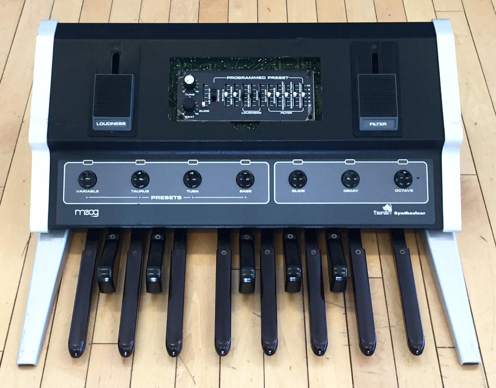matrixsynth moog taurus 1 i vintage analog bass pedal synthesizer. Black Bedroom Furniture Sets. Home Design Ideas