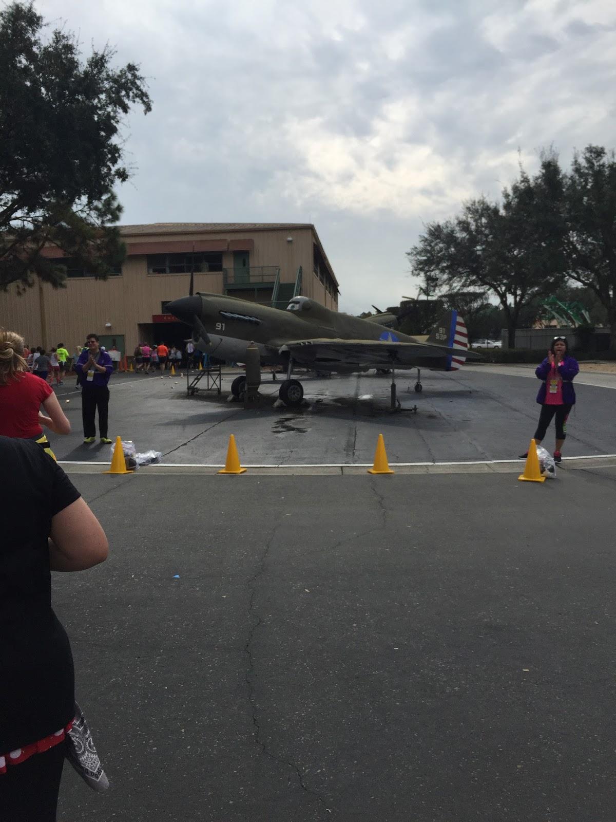 Dopey Challenge Mickey Marathon 2016 Plane hollywood studios