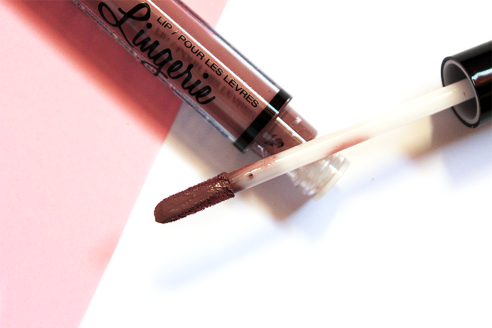 NYX Cosmetics Lip Lingerie Embellishment applicator