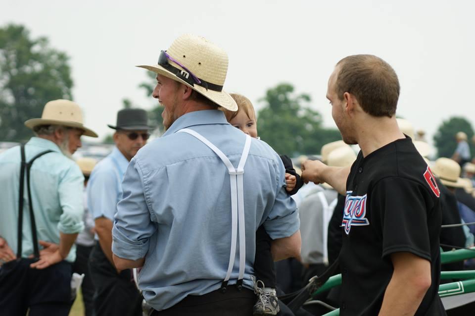 True Amish Stories: Suspendergate = Amish Rules on Suspender Use