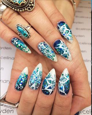 decoracion de uñas mándalas elegantes