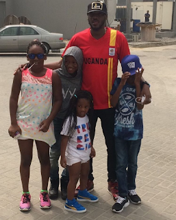 Cute photo of 2face Idibia and his children