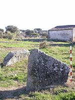 https://castelodevideportugal.blogspot.com/2018/03/photos-menhir-anta-do-porto-aivado.html