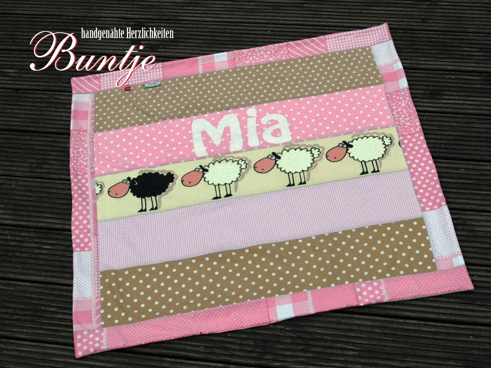 Kuscheldecke Decke Puckdecke Baby Mädchen Name Geschenk Geburt Taufe Geburtstag rosa beige Mia Baumwolle Fleece kuschelig nähen Buntje