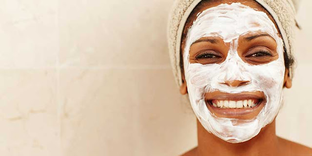 At Home Recipe for Tightening and Revitalizing Facial Mask