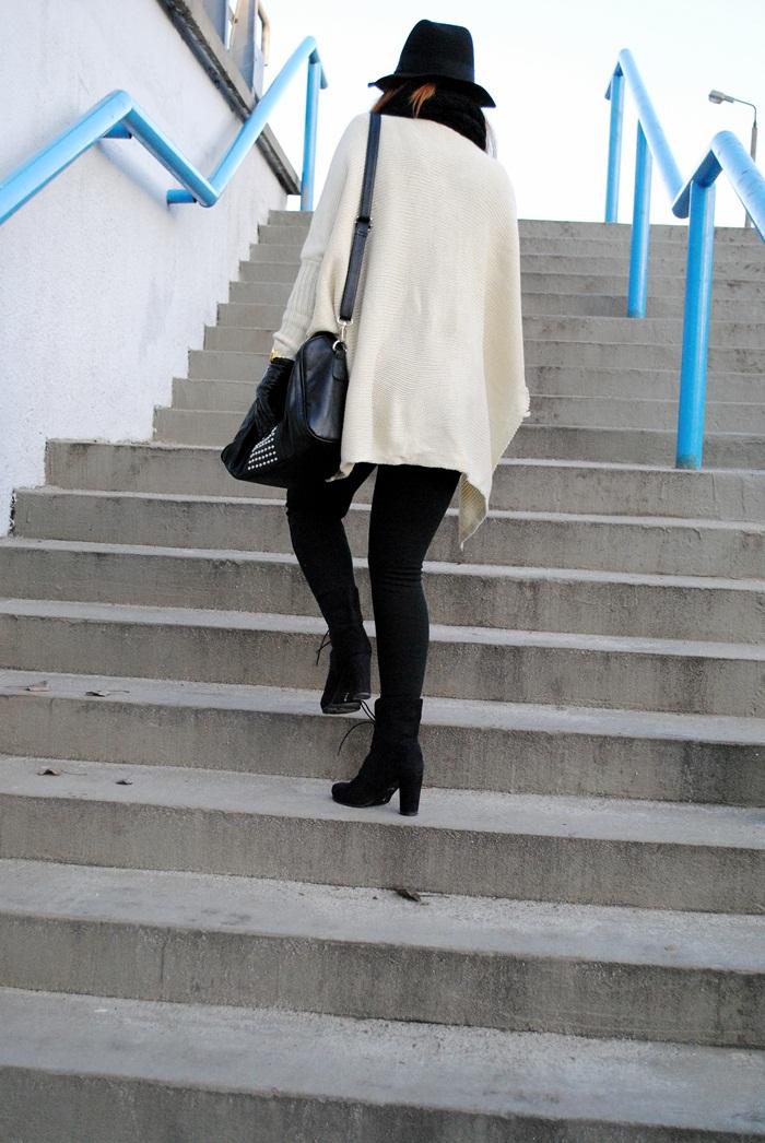 sweter ponczo