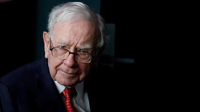 Warren Buffett dona 3.400 millones de dólares y puede perder su tercer puesto en la lista de Forbes