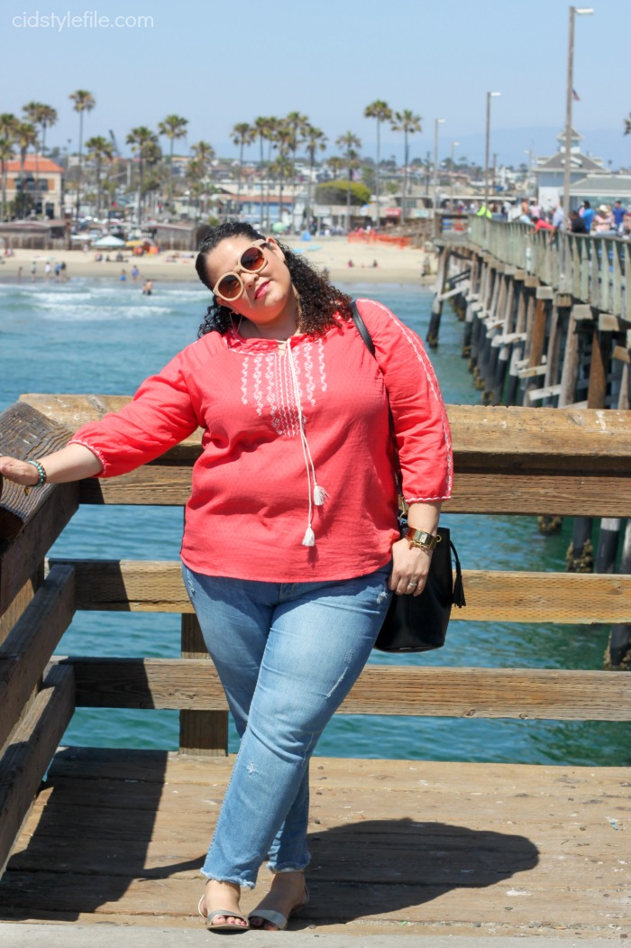 newport beach, pier, untamed style, weekly link up, style over 40, summer style, california, june gloom, plus size fashion, latina blogger,
