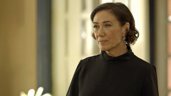 Valentina fica apavorada com ameaça de Olavo (Imagem: Reprodução/TV Globo)