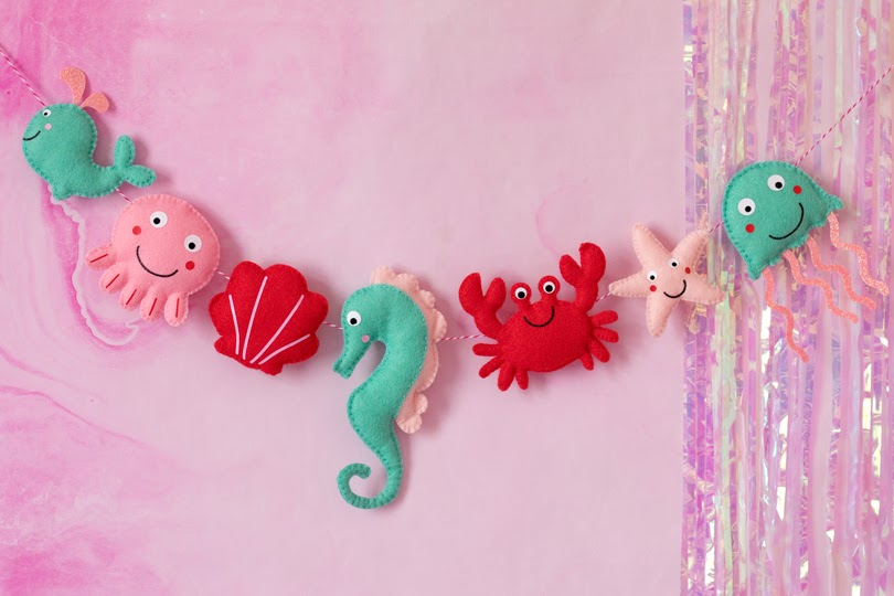 peachpuff studios sea creature garland