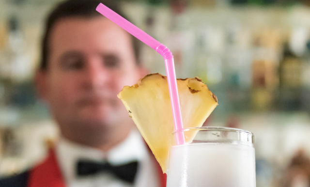 California City Threatens Waiters With Jail For Serving Straws