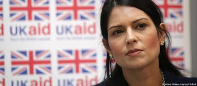 Ministra britânica renuncia após reunião secreta com líderes de Israel