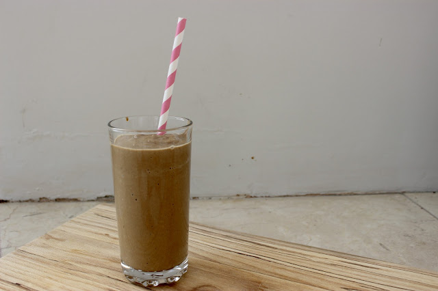 creamy chocolate smoothie