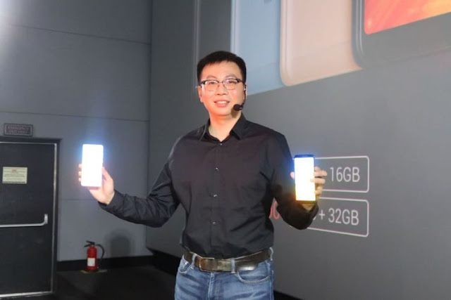 Country Manager Xiaomi Indonesia, Steven Shi di peluncuran Xiaomi Redmi 5 di Jakarta
