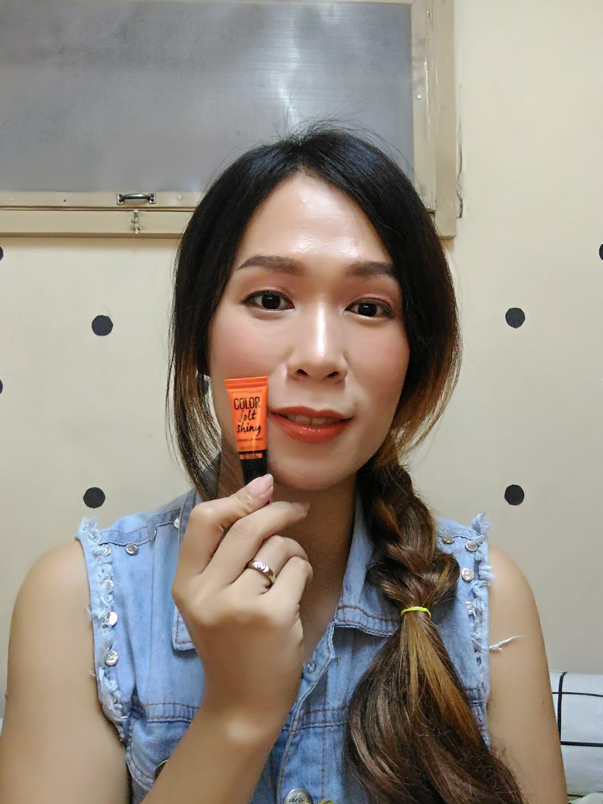 02 - Maybelline Color Jolt Shiny Intense Lip Paints - Orange Outburst