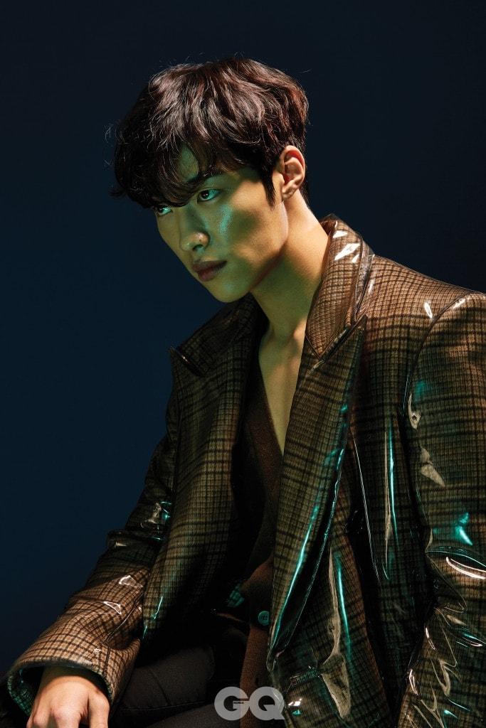 Darkly Attractive Woo Do Hwan for GQ Korea - POPdramatic