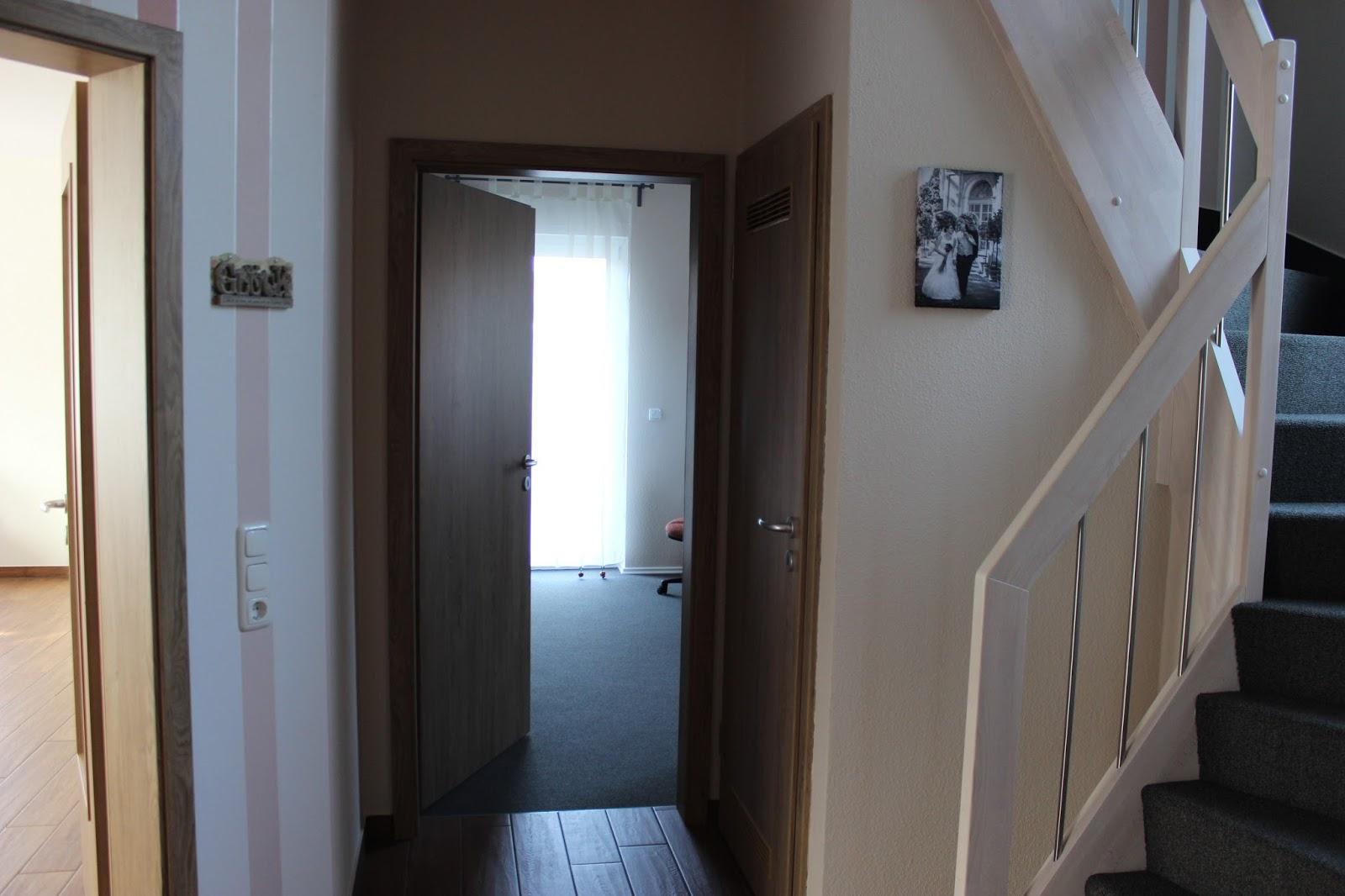 Ein Traumhaus für Familie S.: Haustour - Flur im Erdgeschoss