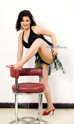Nude fucking pictures of bhuvaneshwari