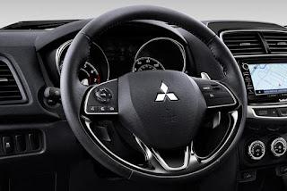 2017 Mitsubishi Outlander Sport interior instrument Specs