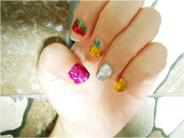simple Korean diamond nails art design inspired by Unistella