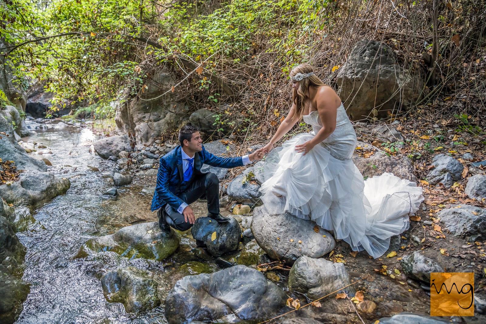 fotografía de boda en el rio