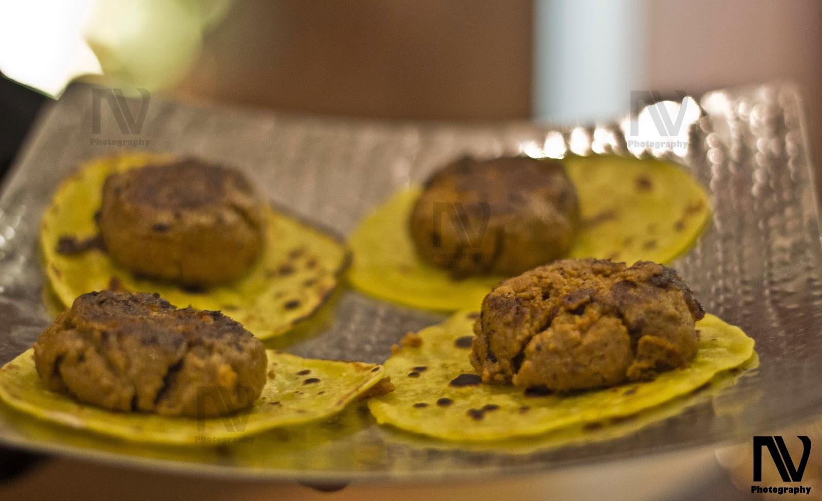 Galauti Kebab with Ulta Tawe ke Paranthe