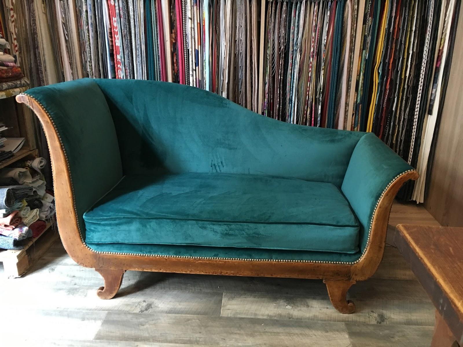 atelier anne lavit artisan tapissier d corateur 69007 lyon r camier 19 me si cle. Black Bedroom Furniture Sets. Home Design Ideas