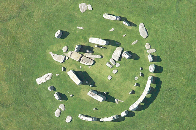 Gaia Dwellings - Stonehenge seen from above