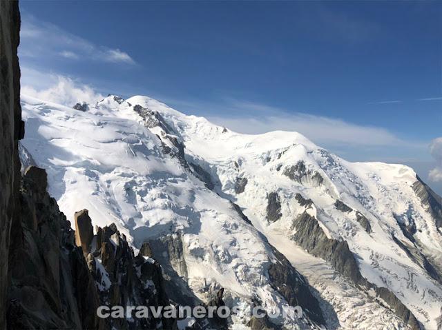 Aguile du Midi - Mont Blanc Chamonix | caravaneros.com