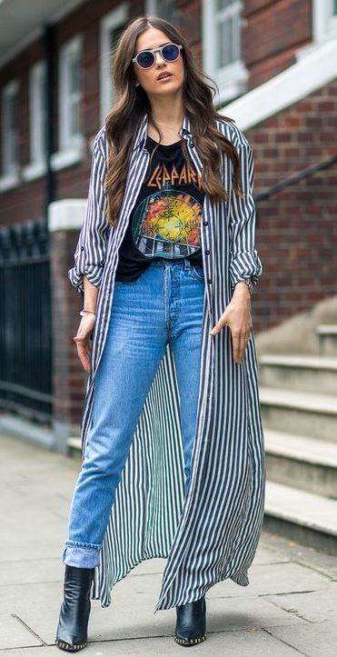 cool street style / stripped kimono + printed top + jeans + boots