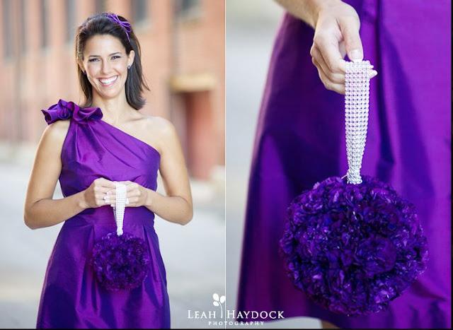 mariage violet idée bouquet boule de fleurs