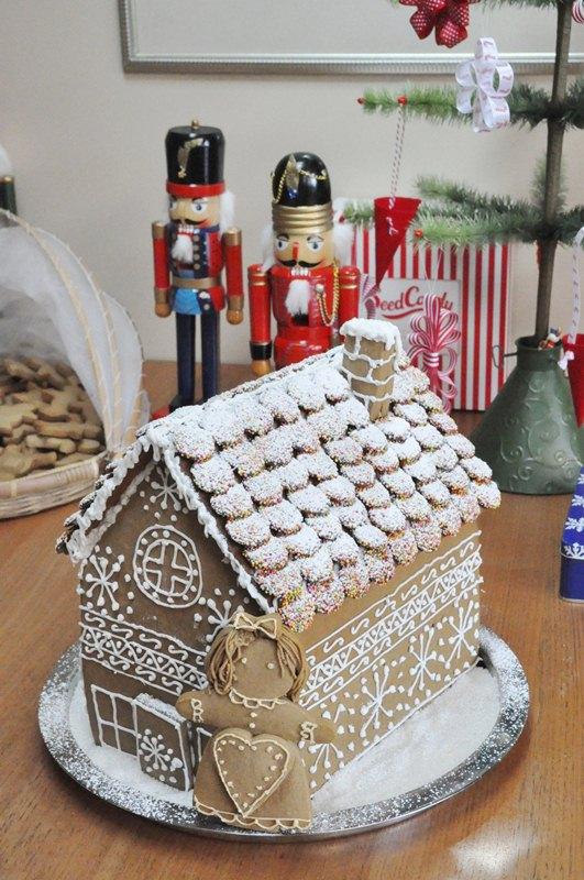 Tania Mccartney Blog Gingerbread House
