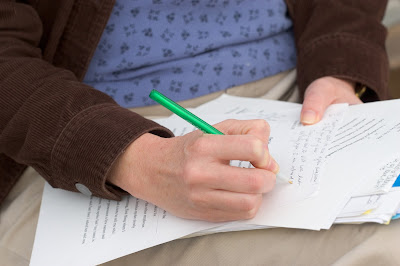 Give students just-in-time feedback so the learning process continues after the essay.